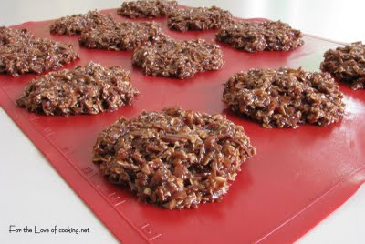 No Bake Chocolate, Oatmeal And Coconut Cookies Recipes ...