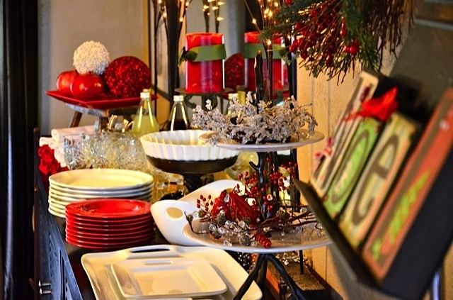 Holiday Buffet Table Settings How to Set up a Holiday Buffet