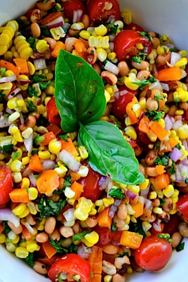 Blackeye Peas Fresh Corn Salad reluctantentertainer.com