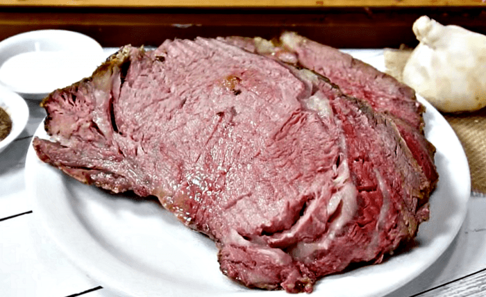 Delicious Crusted Pepper Prime Rib Recipe