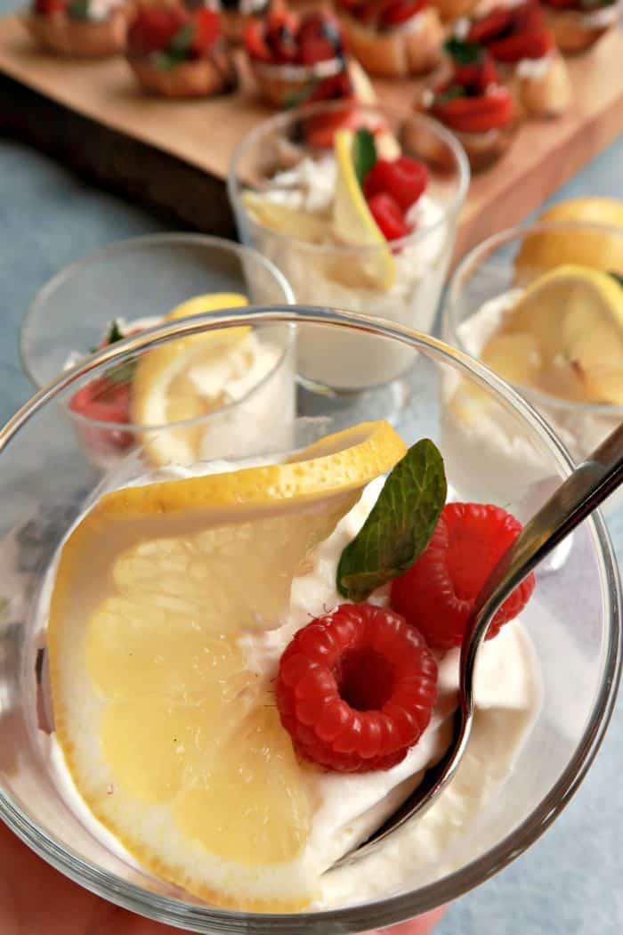 Tasty Light Lemon Cheesecake Mousse