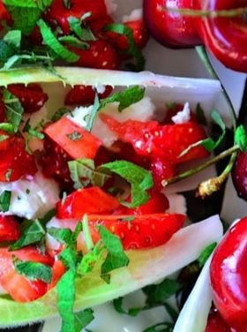 Endive with Strawberry, Mint, and Honey Recipe