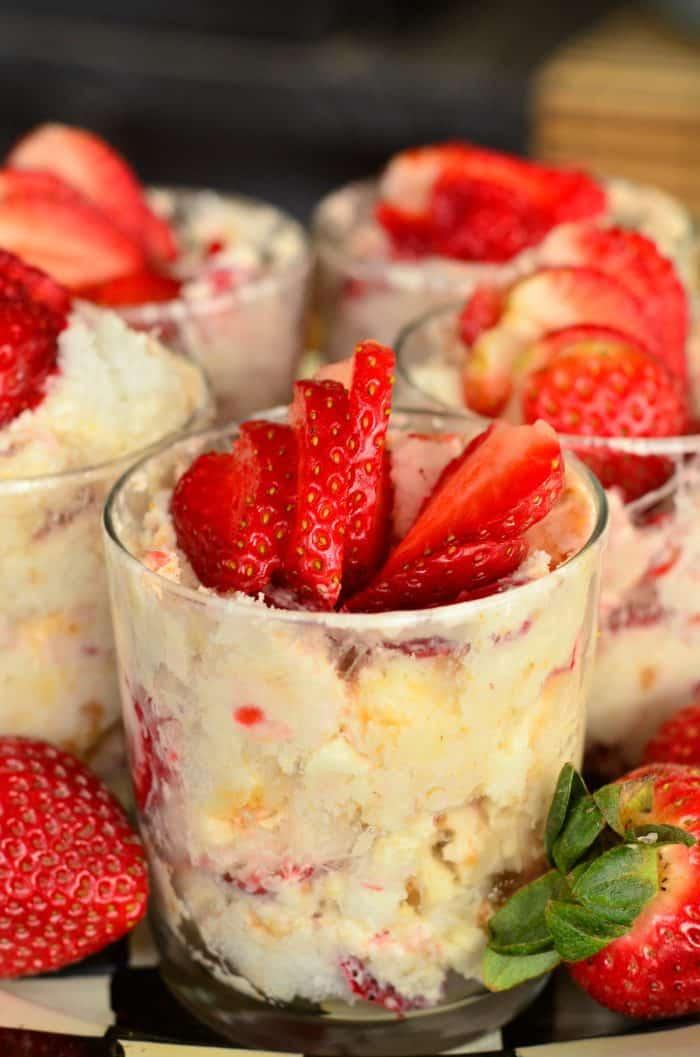 Easy Strawberry Lemon Cheesecake Parfaits