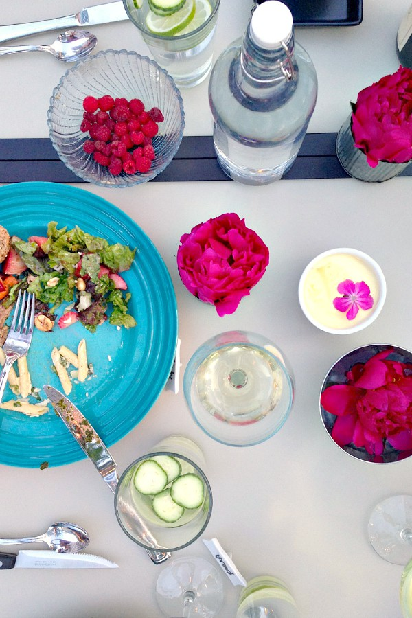 10 Summer Dinner Party Ideas