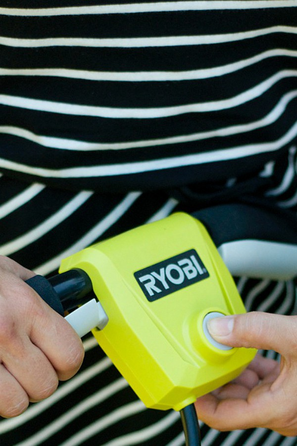 RYOBI 40V Brushless {cordless} Mower