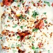 Caprese Pasta Bake | reluctantentertainer.com