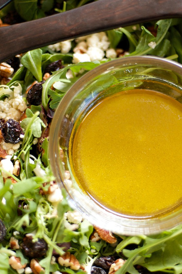 Citrus Honey Vinaigrette | reluctantentertainer.com