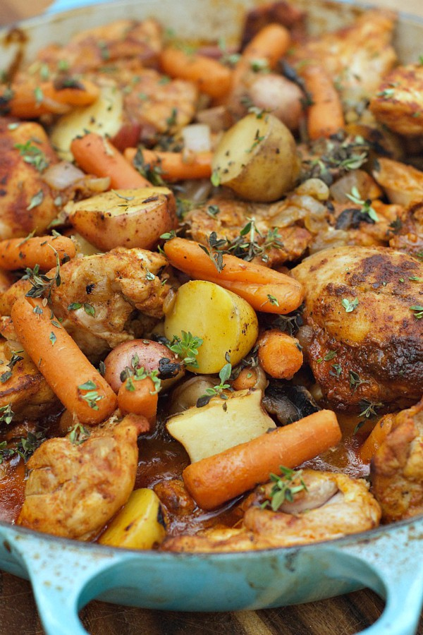 One pot paprika chicken thighs one pot paprika chicken thighs reluctantentertainer forumfinder Images