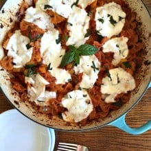 So easy for a QUICK dinner: One-Pot Vegetarian Pasta Bake at Reluctant Entertainer.com