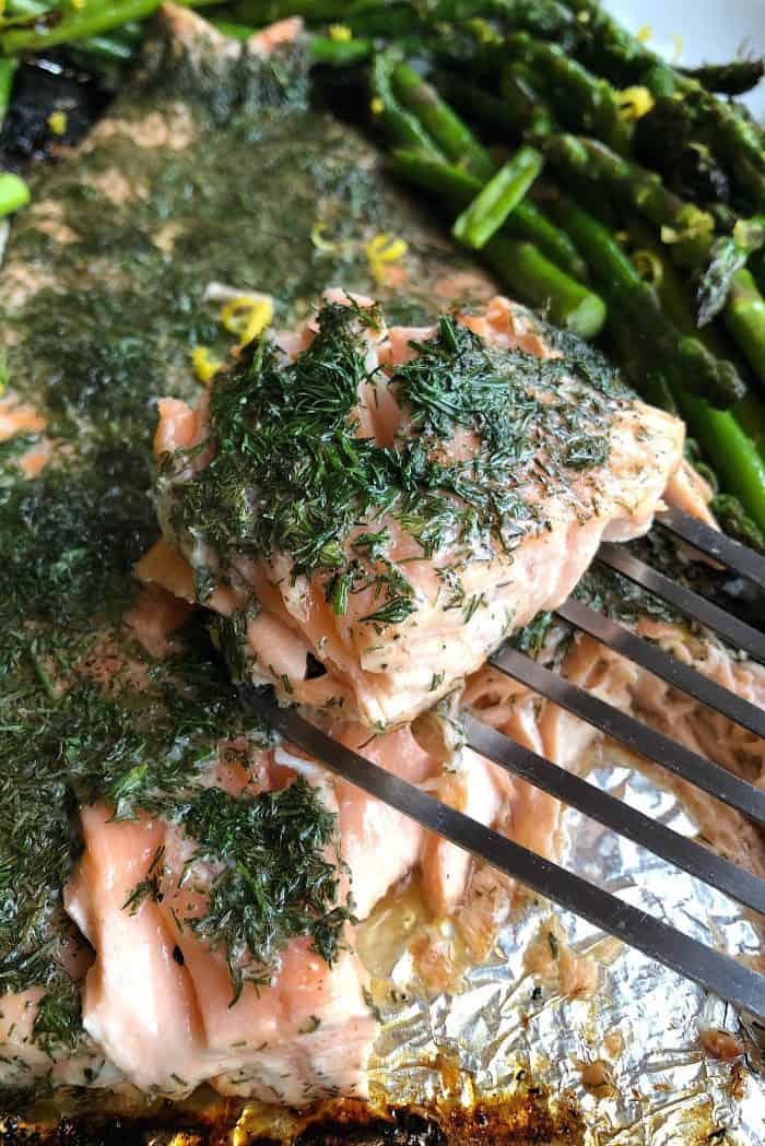 How to Make Grilled Lemon Dill Salmon