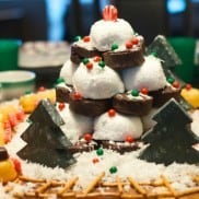Winter Wonderland Edible Centerpiece #HostessHoliday #HostessHolidaySweeps