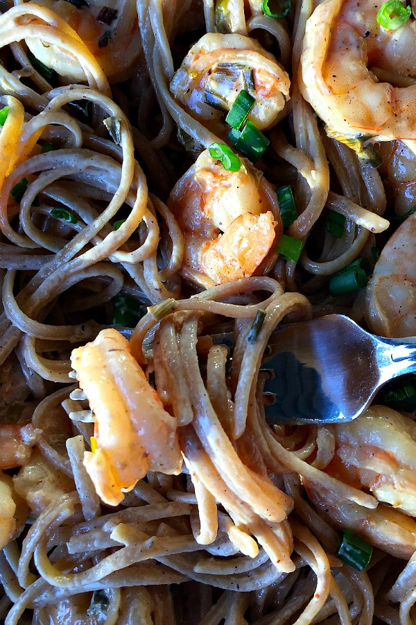 Dinner for 4 with Linguine with Shrimp and Green Onions