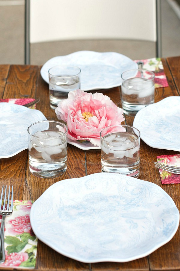 Intimate Pink Peony Mother's Day Table