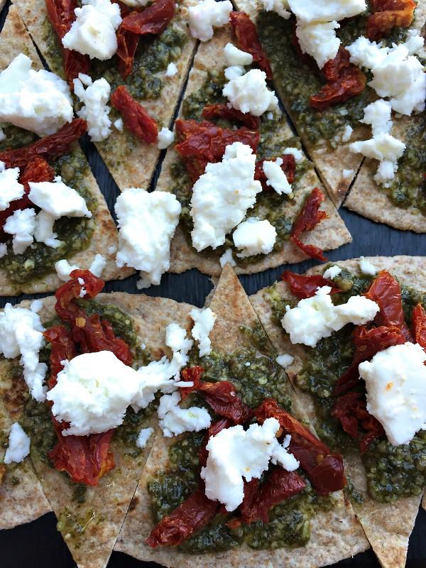 Tomato Feta Pesto Tortilla Bites   ReluctantEntertainer.com
