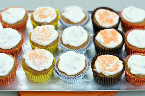Apple Pumpkin Cupcakes | ReluctantEntertainer.com