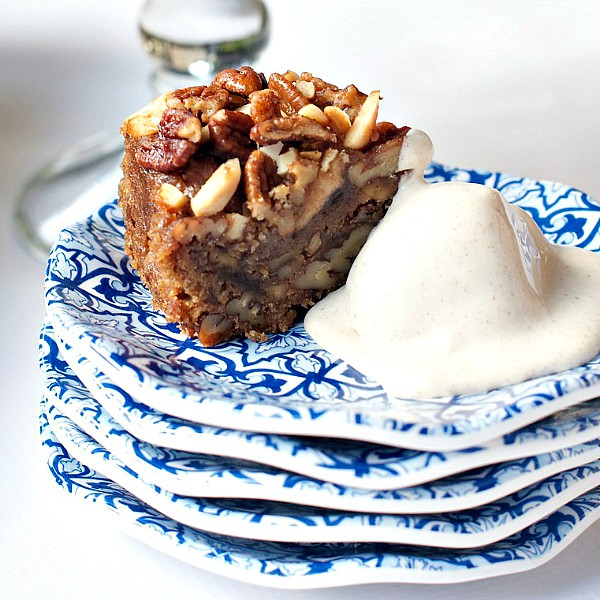 This Easy Maple Ice Cream recipe is delicious to make ahead, freeze, and serve with a slice of Collin Street Bakery Apple Cinnamon Pecan Cake!