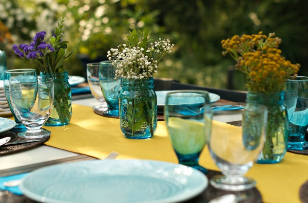 How to Set the Table with Grocery Store Flowers