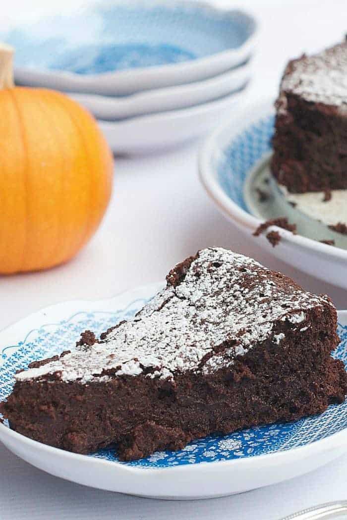 Pumpkin Spice Flourless Chocolate Cake