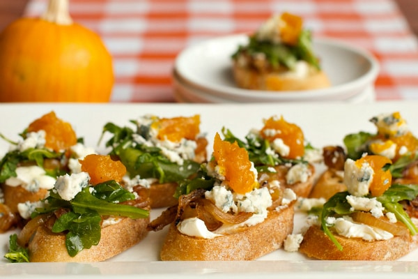 Caramelized Onion Gorgonzola Crostini
