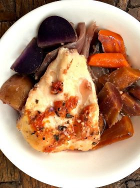 Slow Cooker Chicken Breasts with Carrots and Potatoes