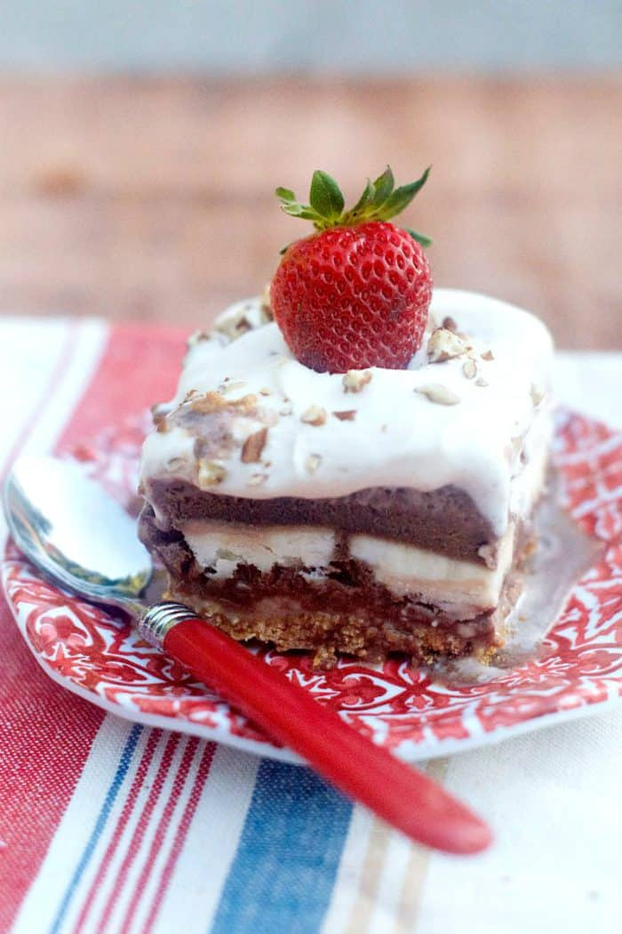 Make-ahead Frozen Banana Split Dessert