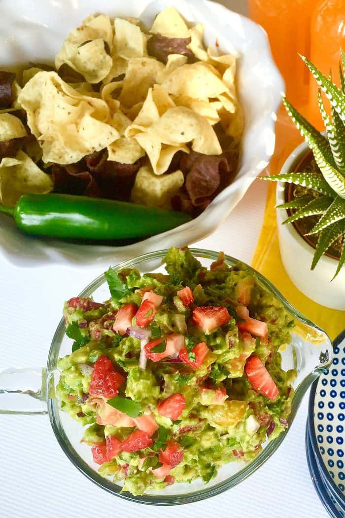 Easy Strawberry Guacamole