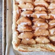 Best Peach Tart - The perfect easy dessert to make for summer guests, gatherings, picnics, potlucks, or holidays.