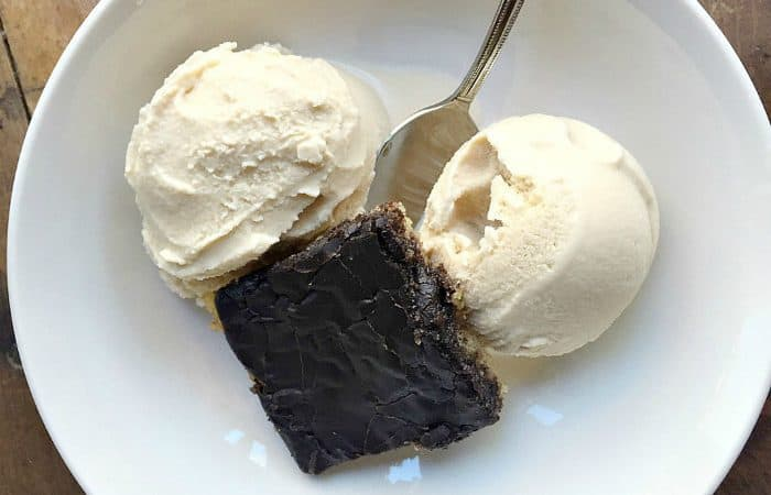 BEST Old-Fashioned Homemade Vanilla Ice Cream