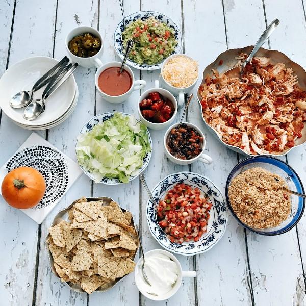 Chicken Taco Bowls Recipe: Chicken Rice Taco Bowls Recipe