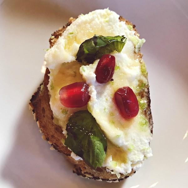 Honey-Lime Ricotta Bruschetta Recipe
