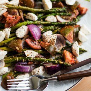 Pesto Asparagus Caprese Salad Recipe
