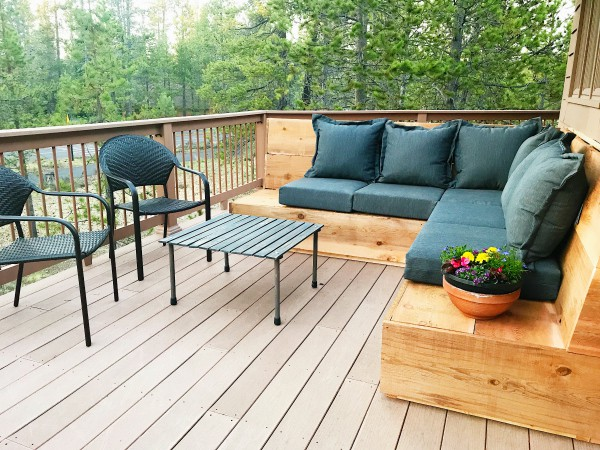 Sunset Magazine Inspired DIY Outdoor Sectional - Reluctant Entertainer