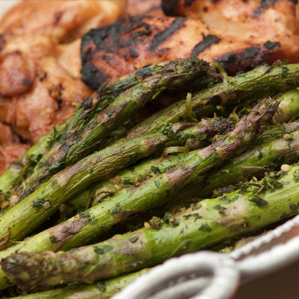 Grilled Parsley Lime Asparagus Recipe