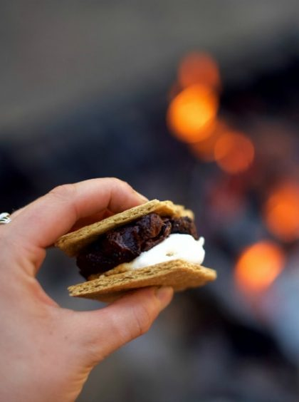 Campfire Cookie Dough Almond S'mores Recipe