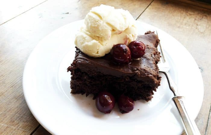Tasty EASY 4-Ingredient Chocolate Cherry Cake