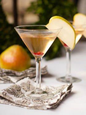 Best Pear Martini Cocktail Recipe