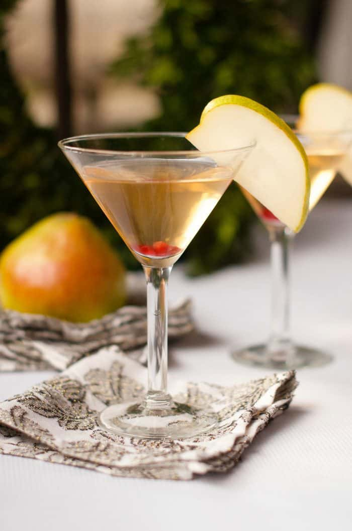 Best pear martini cocktail recipe reluctant entertainer for Cocktail martini