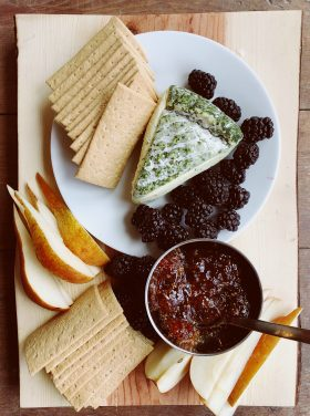 Easy Cheese Pear Fig Spread Appetizer
