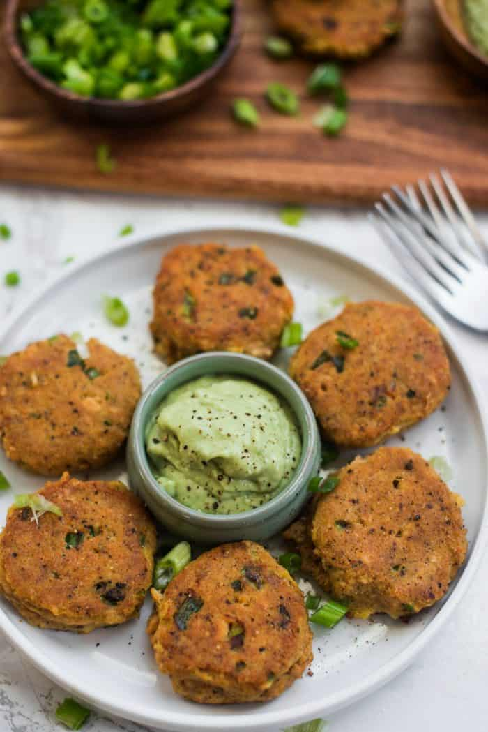 How to Make Salmon Cakes Recipe