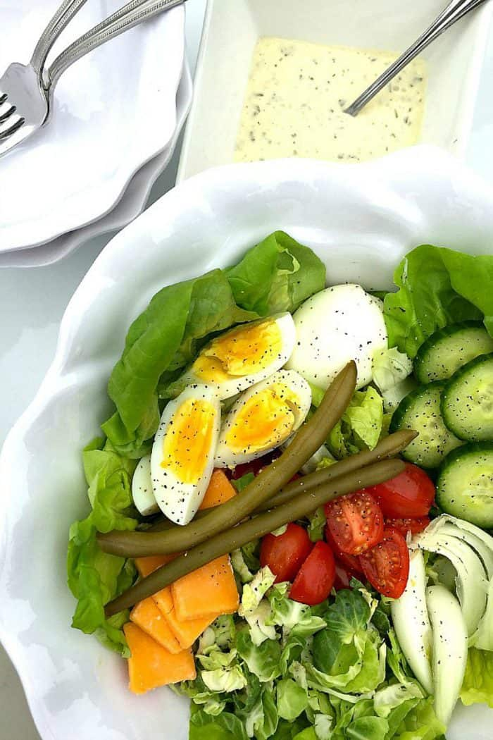 Easy Irish Pub Salad Recipe