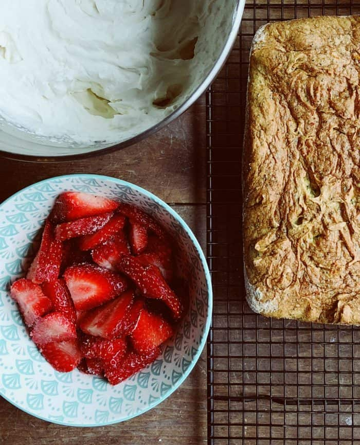Delicious Tangerine Poppy Seed Cake With Strawberries