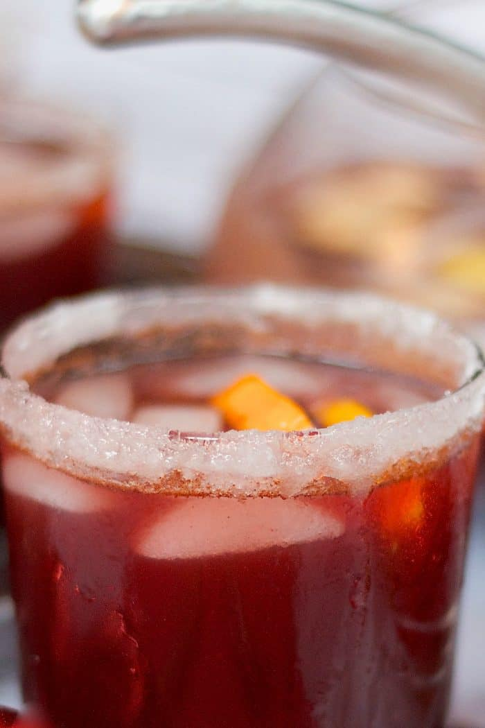 How to Make Easy Red Wine Sangria