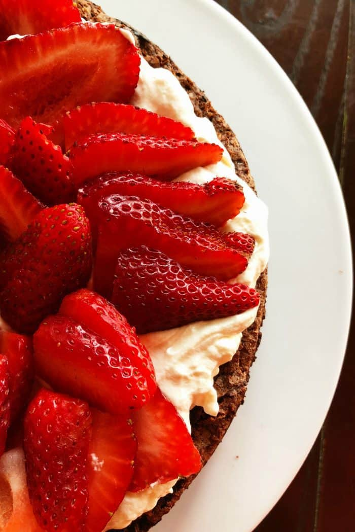 Easy Best Flourless Chocolate Cake