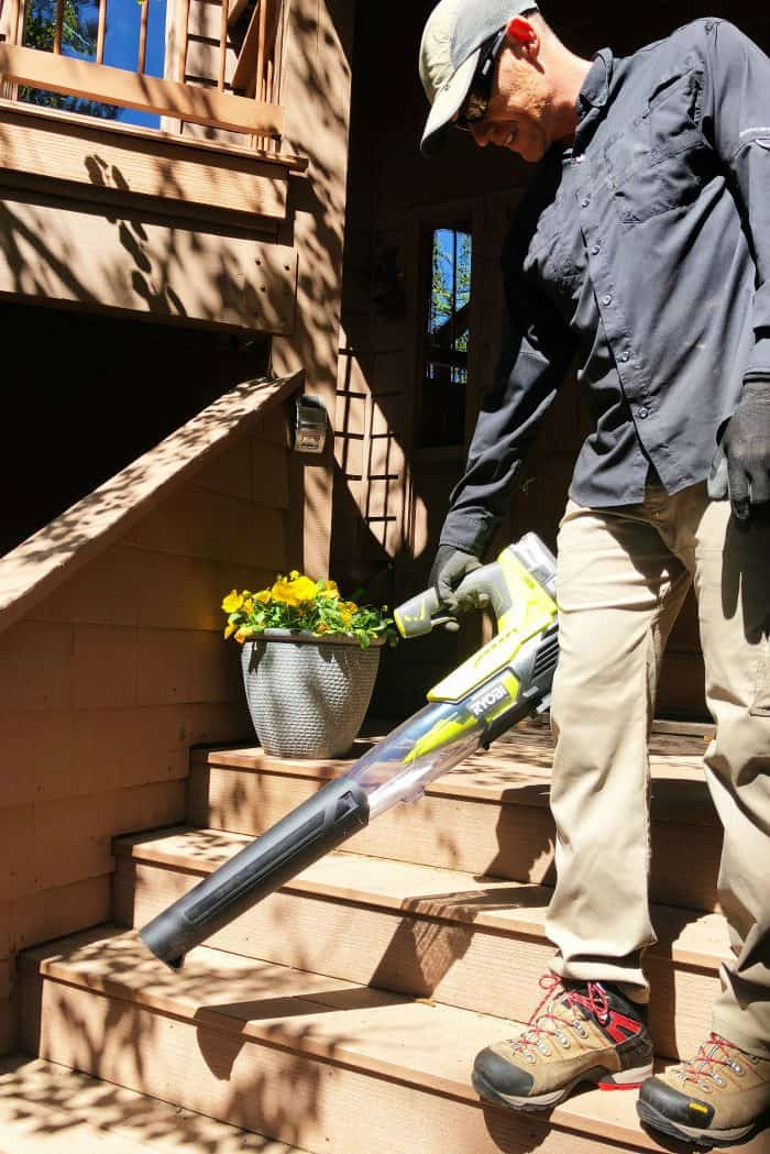 Preparing for Summer with Ryobi Outdoor Products - blower