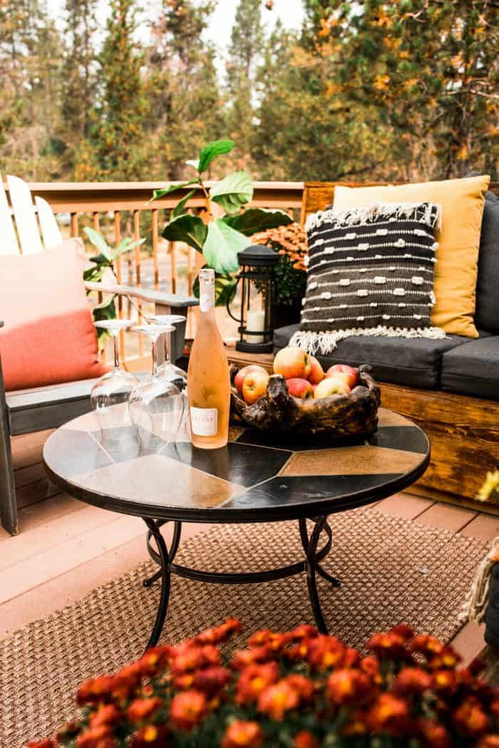 Cozy Outdoor Living Space - eat and drink