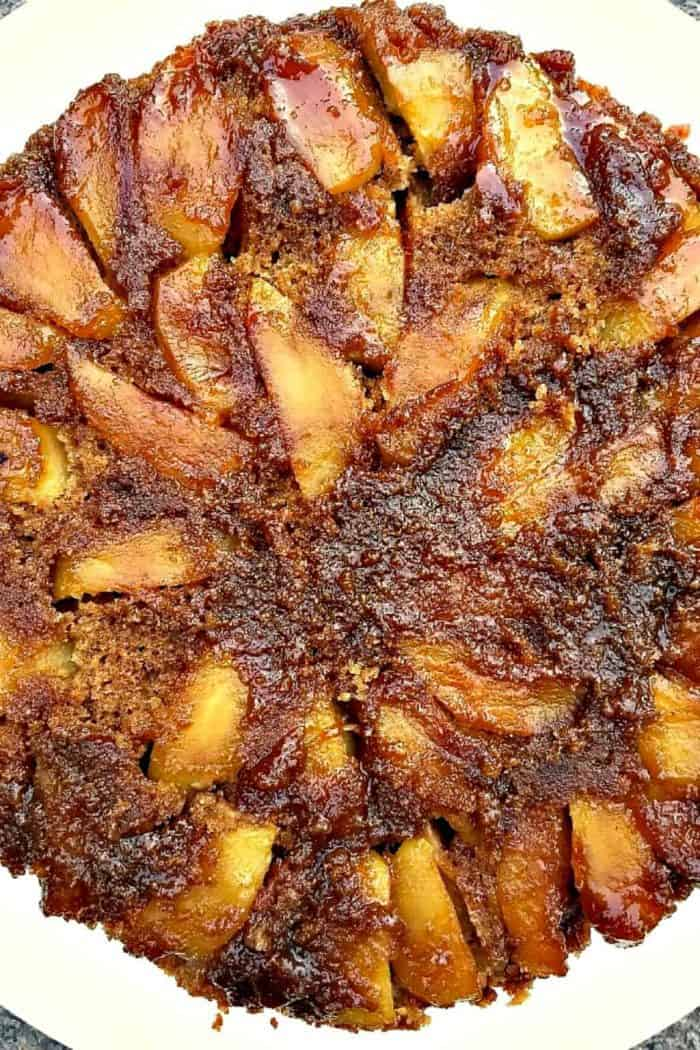4 Thanksgiving Desserts - SALTED CARAMEL APPLE DESSERT