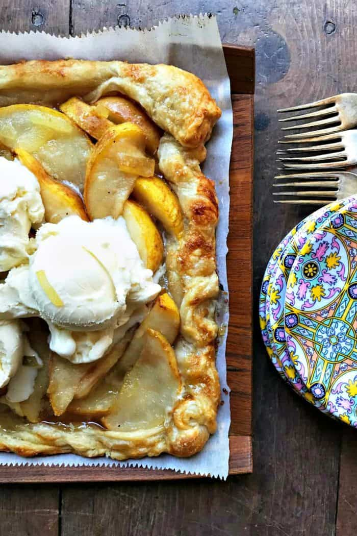 4 Thanksgiving Desserts - PEAR PUFF PASTRY