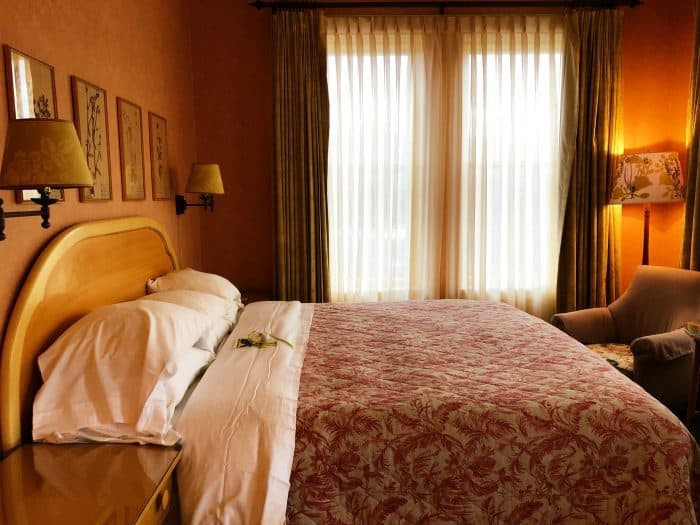 Ashland Springs Hotel Review in Ashland Oregon bed