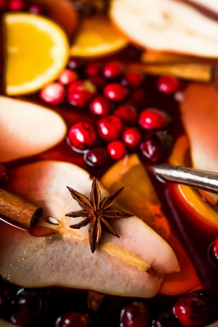Easy Holiday Pear Mulled Wine Recipe