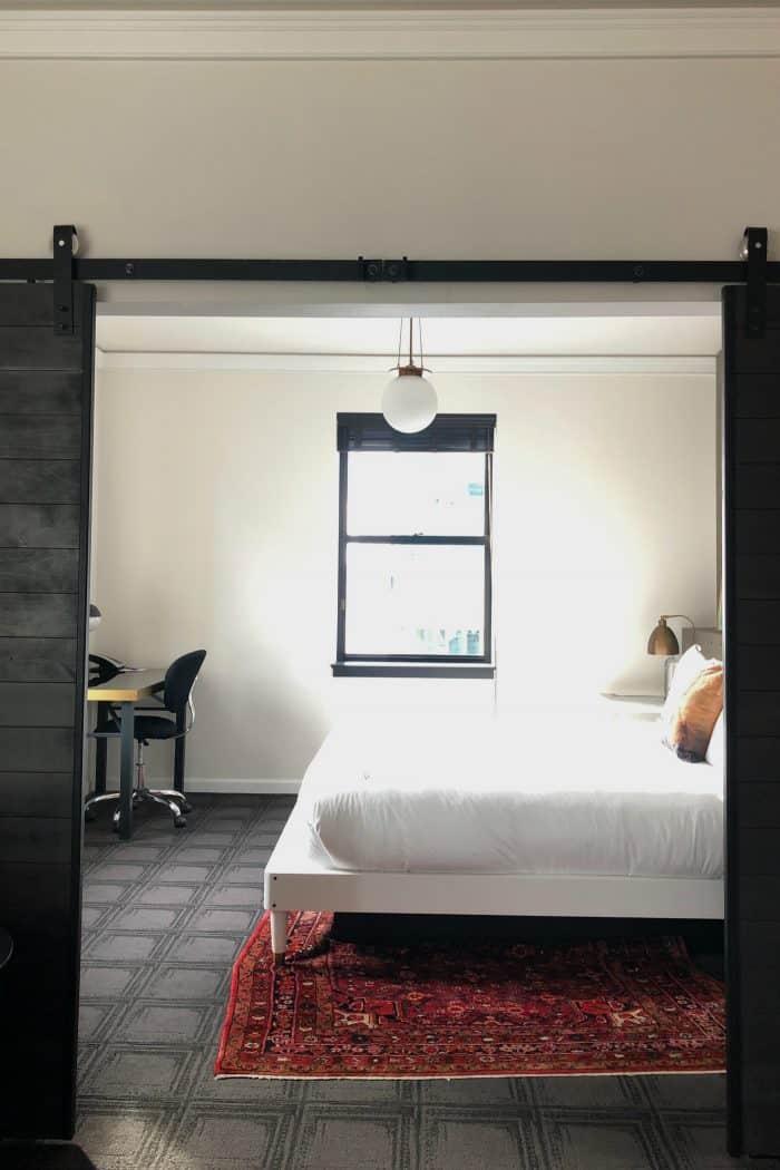 Seattle Kimpton Palladian Hotel - room